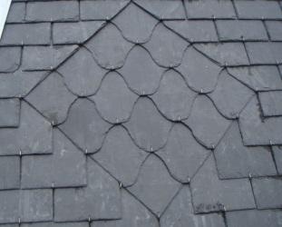 Couverture - Zinguerie Rénovation d'une tour octogonale en ardoise